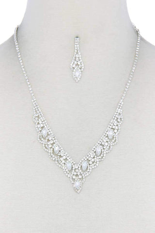 Yushikas Boutique Clear Rhinestone Necklace
