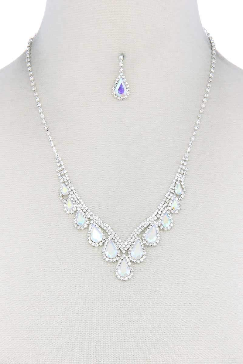 Yushikas Boutique Clear Teardrop Shape Rhinestone Necklace