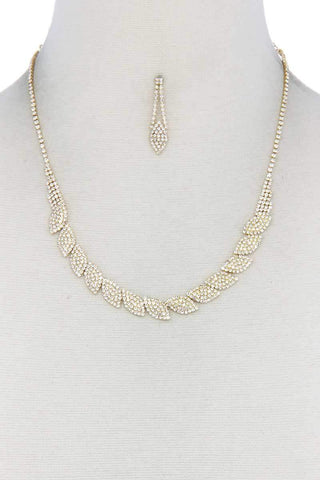 Yushikas Boutique Gold Rhinestone Necklace