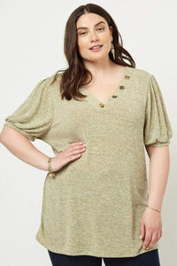 Yushikas Boutique Knit V-neck Top