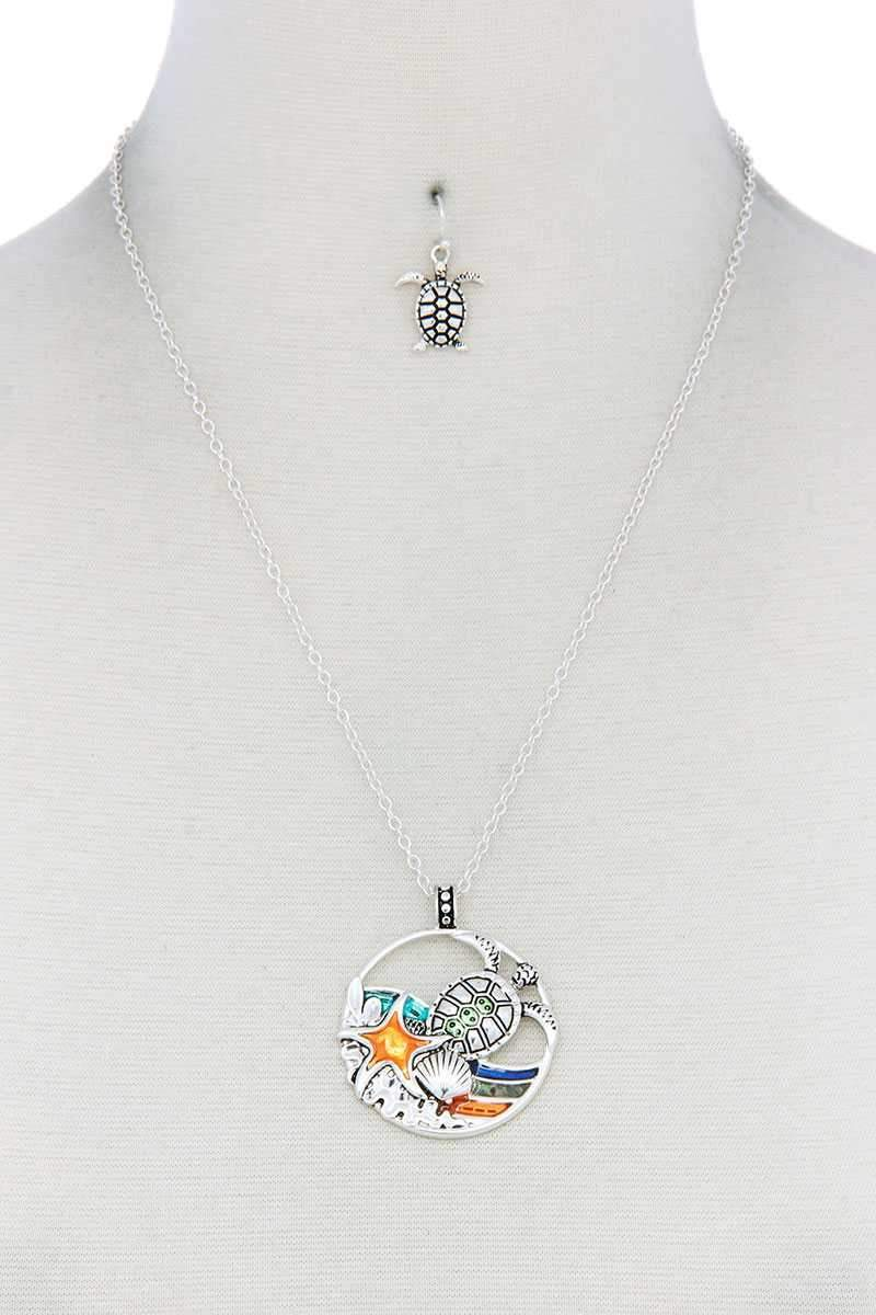 Yushikas Boutique Silver Sea Turtle Wave Pendant Necklace