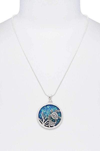 Yushikas Boutique Stylish Sea Turtle Circle Pendant Necklace