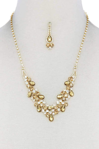 Yushikas Boutique Teardrop Shape Rhinestone Necklace