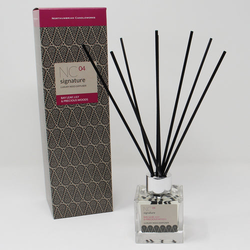 Northumbrian Candleworks - Bay Leaf Lily & Precious Woods - Reed Diffuser with Box