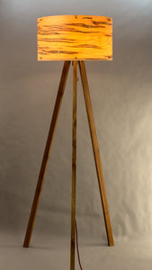 Tripod Max - Wormy Maple Stehlampe
