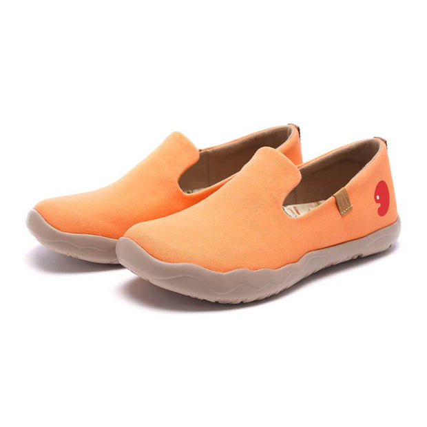 UIN Footwear Women Barcelona Canvas Orange Canvas loafers