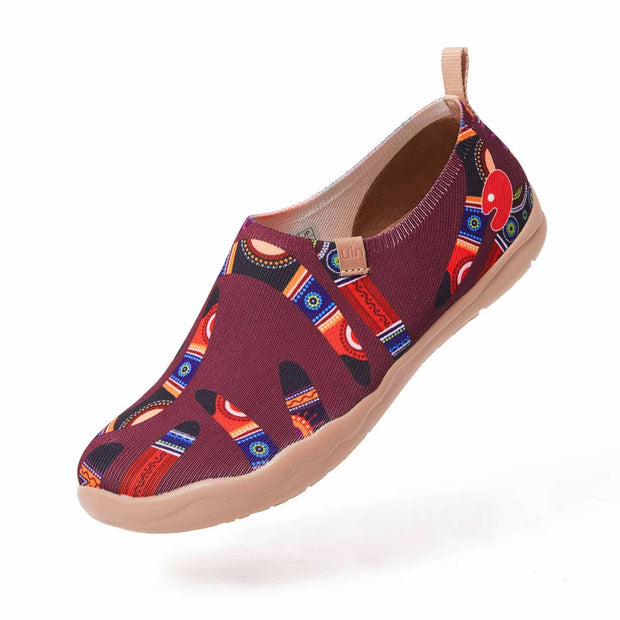 UIN Footwear Women (Pre-sale) Boomerang Women Canvas loafers