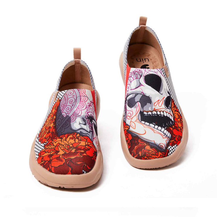 UIN Footwear Women Skeleton Women Canvas loafers