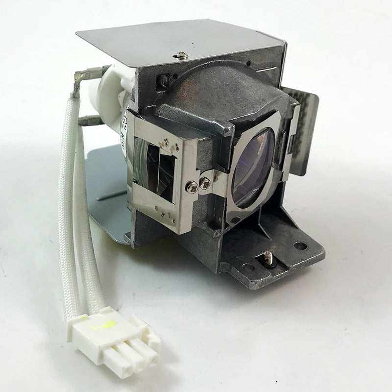 660i Unifi 35 Smartboard Projector Lamp Replacement Projector Lamp Assembly with Genuine Original Osram P-VIP Bulb inside.