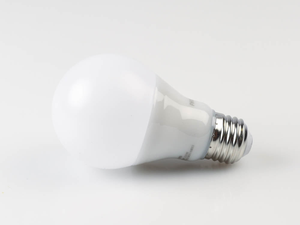 Philips 479865 - 9.5W A19 LED 3000K 800 Lumens Dimmable Bulb