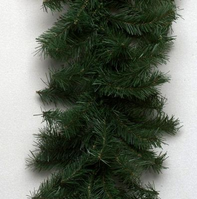 "9' x 10"" Canadian Garland 35 Clear 220 Tips"