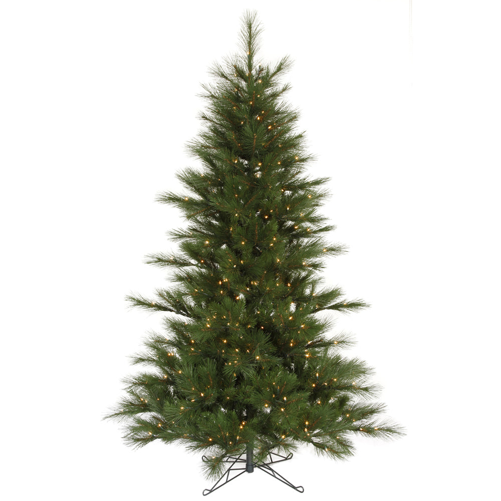 Vickerman 7.5Ft. Green 682 Tips Christmas Tree 450 Clear Dura-Lit
