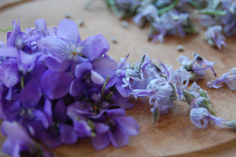 Birch Sap Jelly (with violets & rosemary flowers)