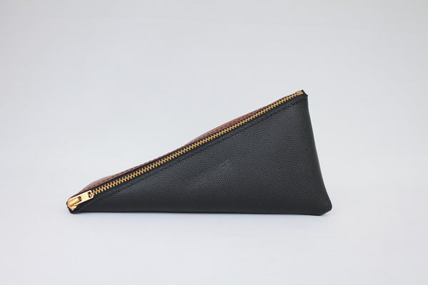 Pouch 'E-Twist' black / cognac with print