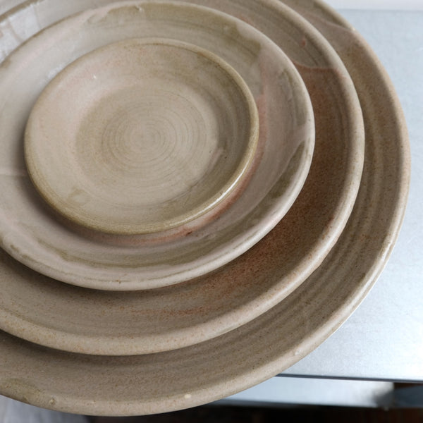 Set of Nesting Serving Plates
