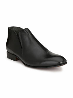 Men Solid Black Leather Boots