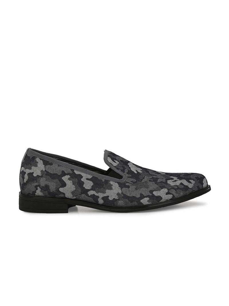 Army Grey Printed Outdoor Shoes
