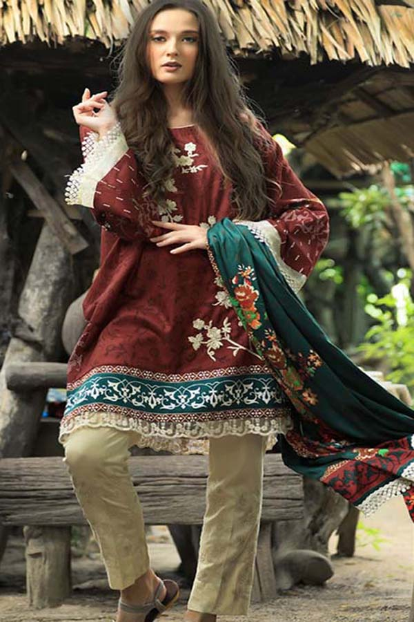 LSM Lakhany Feral Flowery Embroidered Unstitched 3 Piece Suit collection LFC18-1B