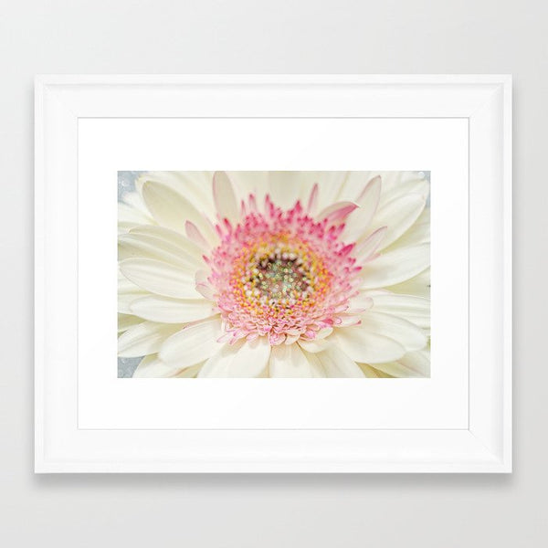 With Gerbera Flower With Sparkles