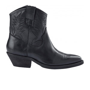 PAVEMENT Raquel leather Boot, black