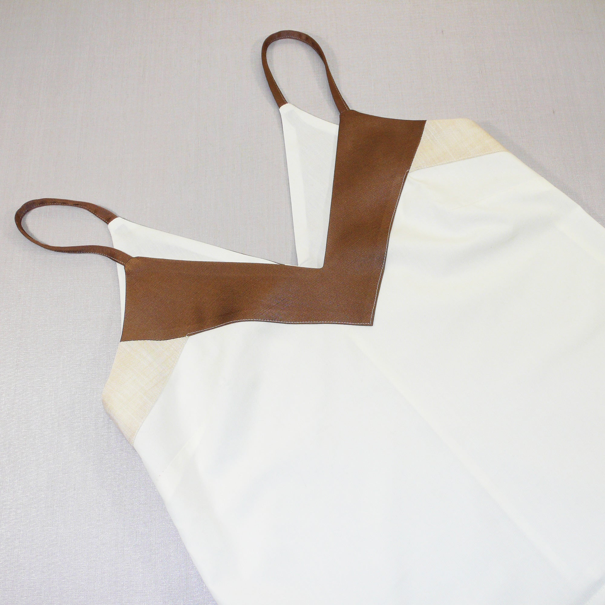 v neck spaghetti strap top sewing cucito