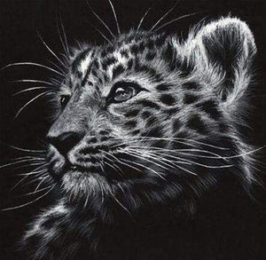 Diamond Painting | Diamond Painting - Black and white Leopard | animals Diamond Painting Animals leopards | FiguredArt