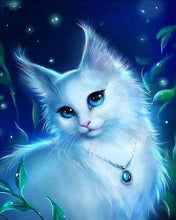 Load image into Gallery viewer, Diamond Painting | Diamond Painting - Cat and Necklace | animals cats Diamond Painting Animals | FiguredArt