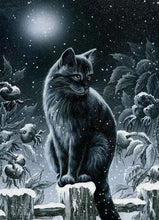 Load image into Gallery viewer, Diamond Painting | Diamond Painting - Cat in the Snow | animals cats Diamond Painting Animals winter | FiguredArt