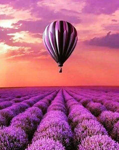 Diamond Painting | Diamond Painting - Hot Air Balloon over the fields | Diamond Painting Landscapes landscapes | FiguredArt