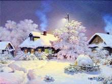 Load image into Gallery viewer, Diamond Painting | Diamond Painting - Houses in the Snow | Diamond Painting Landscapes landscapes winter | FiguredArt