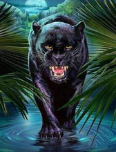 Load image into Gallery viewer, Diamond Painting | Diamond Painting - Threatening Black Panther | animals Diamond Painting Animals panthers | FiguredArt