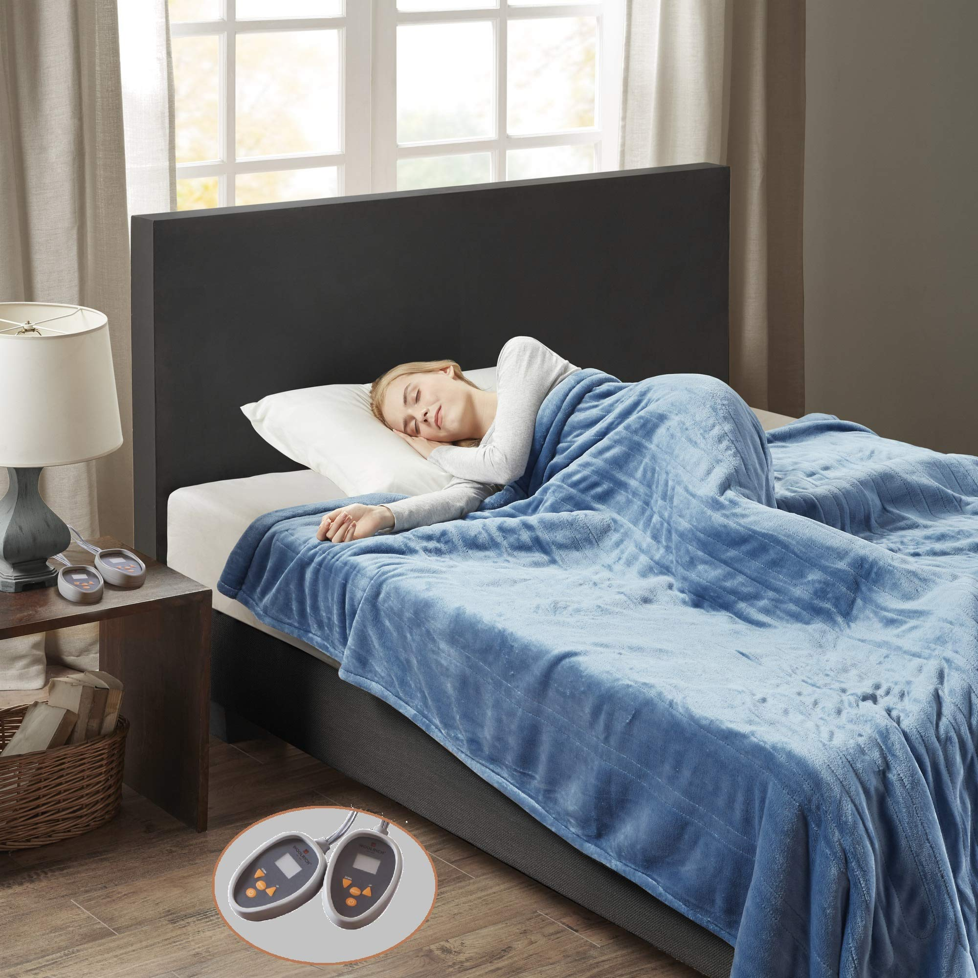 Woolrich Heated Plush to Berber Blanket Sapphire Blue Queen