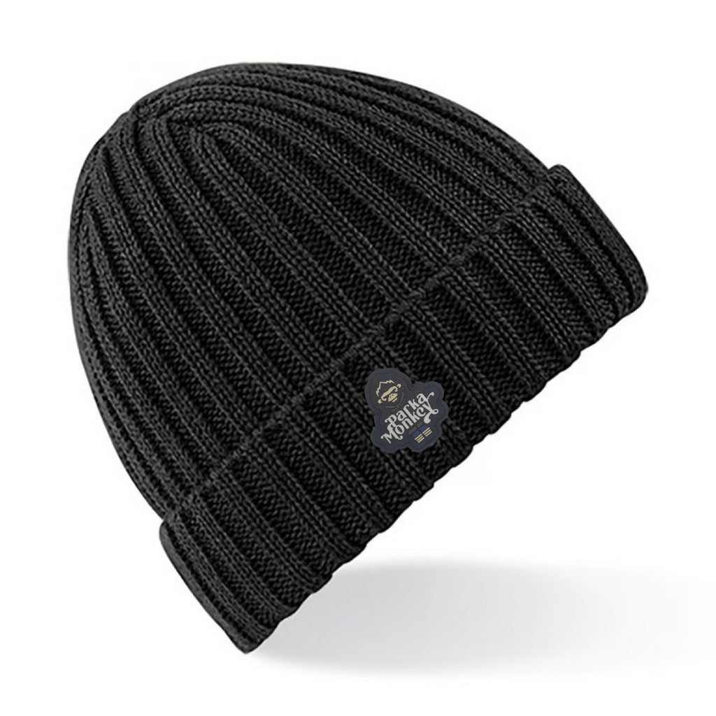 PM 1613 BEANIE HAT RUBBER LOGO BLACK - Parka Monkey