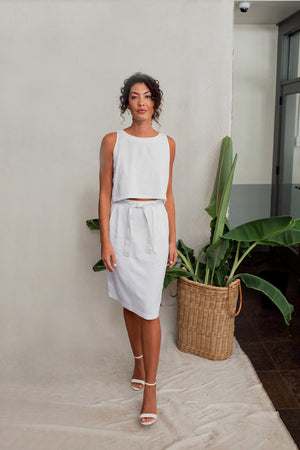 Sleeveless Linen Top in Salt