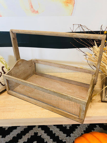 Wooden Wire Mesh Handle Basket