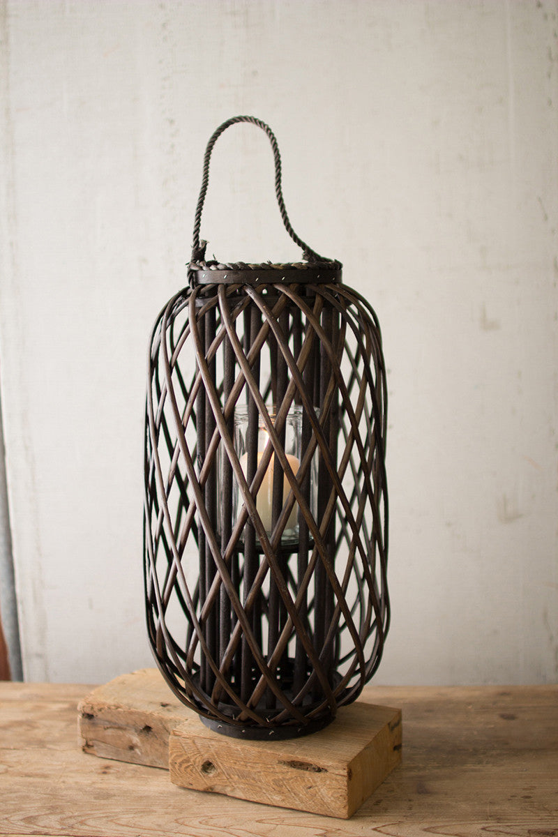 LARGE WILLOW BASKET LANTERN W/GLASS