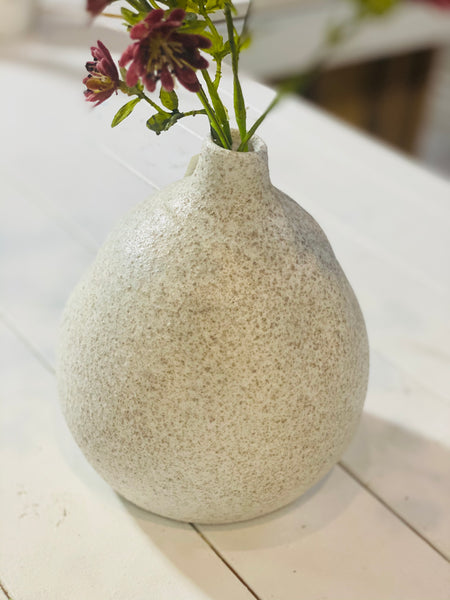 OATMEAL SPECKLE VASE