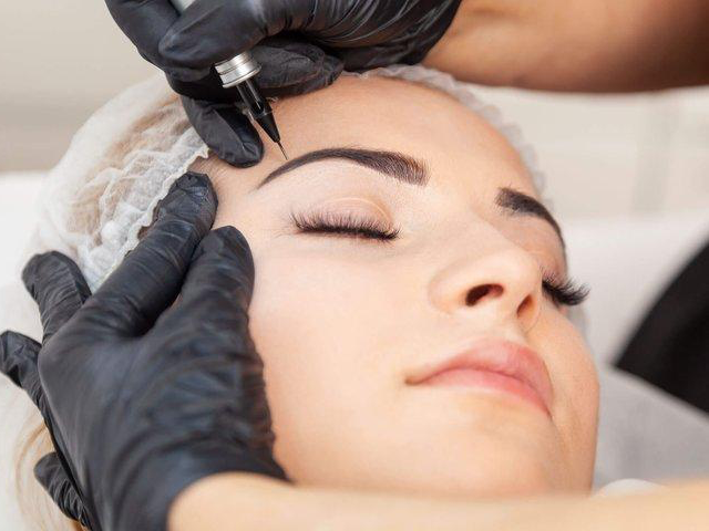 SPMU (Semi Permanent Makeup)