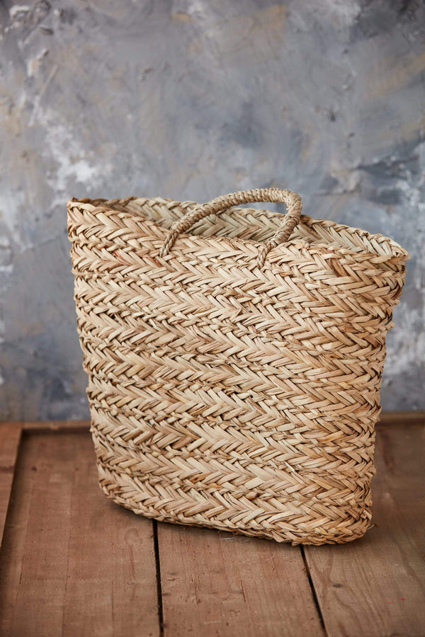seagrass hanging wall basket woven