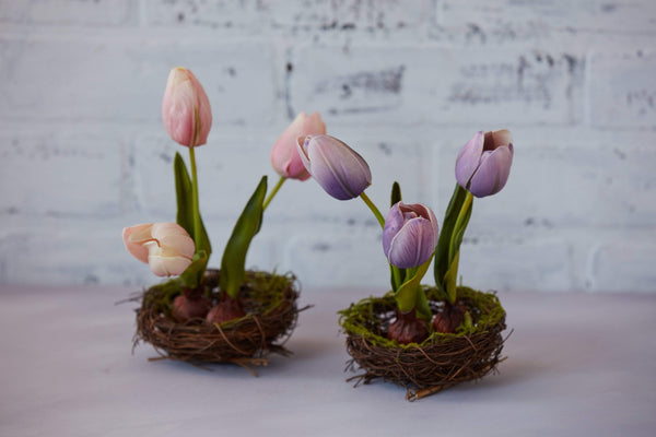Floral Stem Real Touch in Nest Tulip Pink or Purple