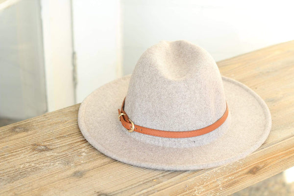 Oatmeal Belted Panama Hat