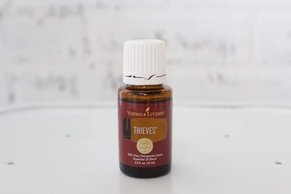 Thieves Essential Oil Young Living 15 mL