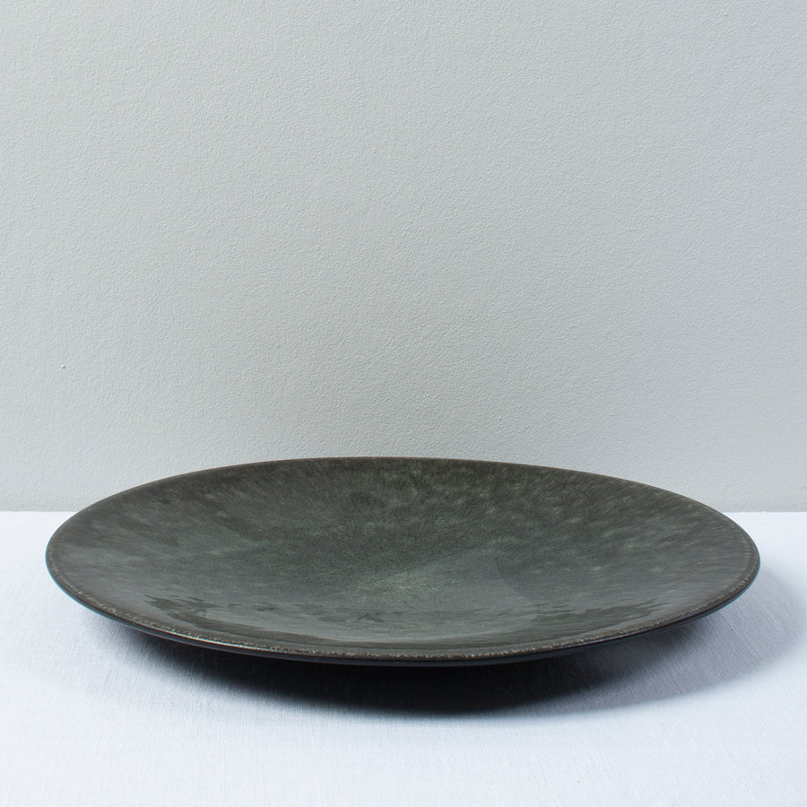 Jars Tourron Serving Plate / 31cm / Samoa / Black