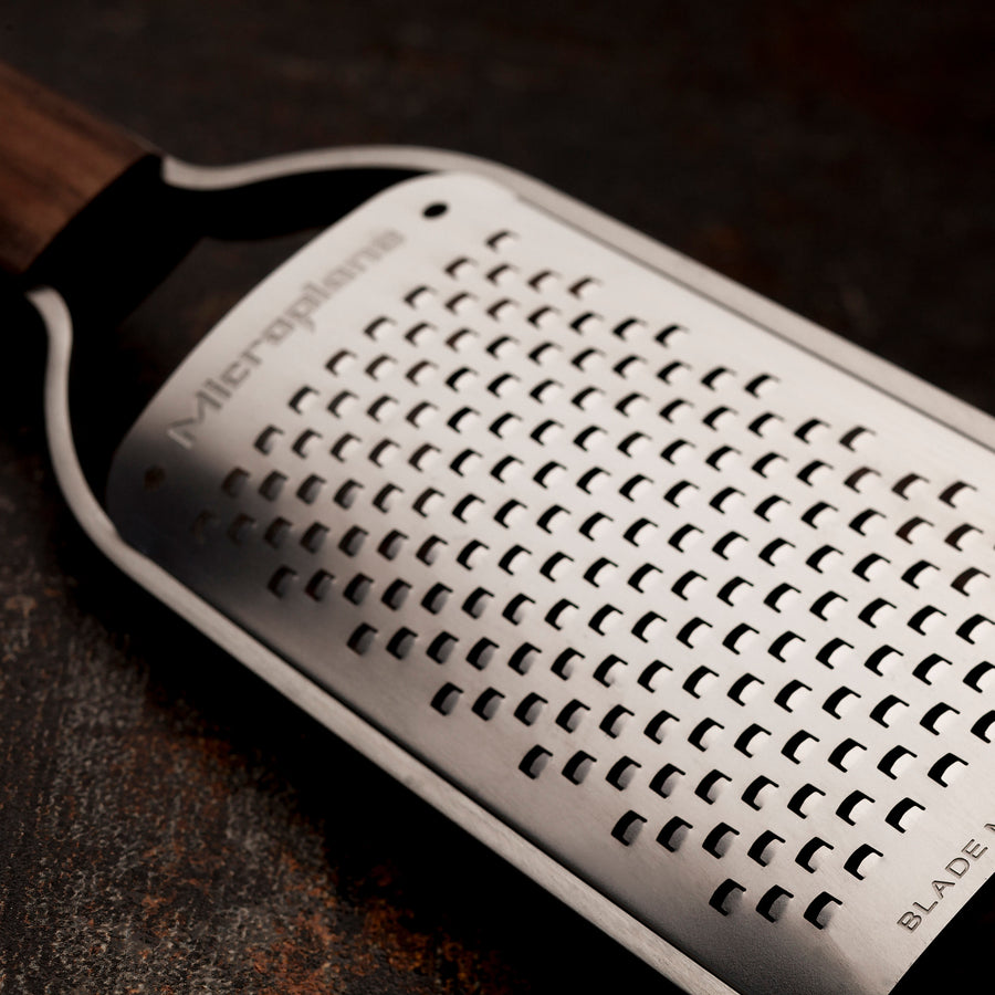 Microplane Master Series Coarse Grater