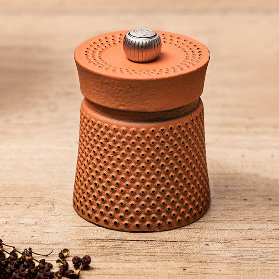 Peugeot Bali Fonte Cast Iron Pepper Mill / 8cm / Orange