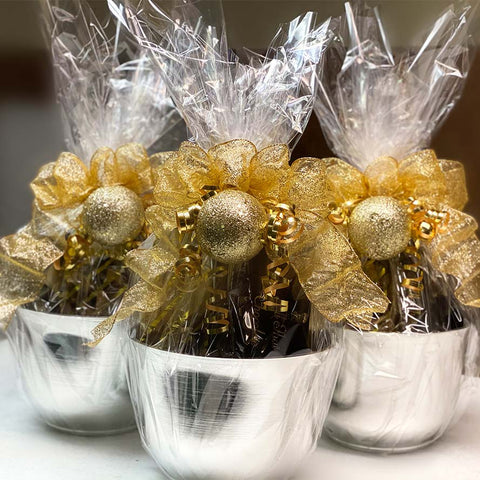 specialty holiday chocolate baskets filled with all that chocolate confections for corporate orders and specialty orders