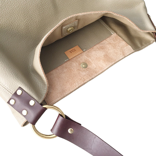 simple leather hobo // khaki