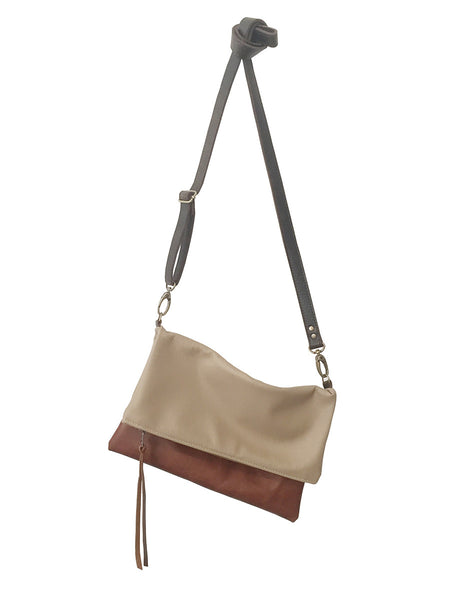 foldover leather crossbody // khaki brown