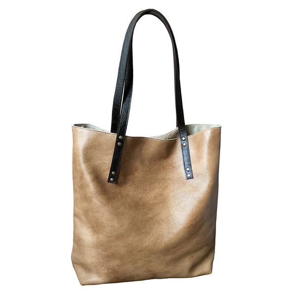 simple leather tote // sand