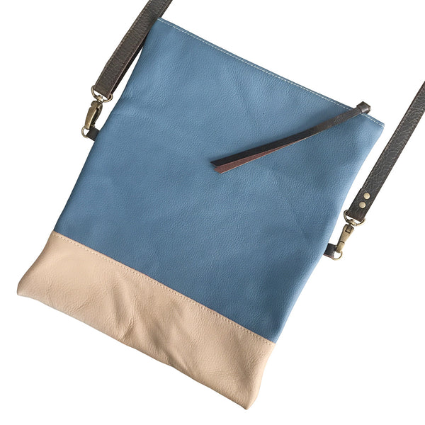 foldover leather crossbody // blue